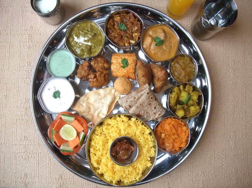 INDIAN FOOD - North Indian Thali 9 | NORTH INDIAN THALI ...