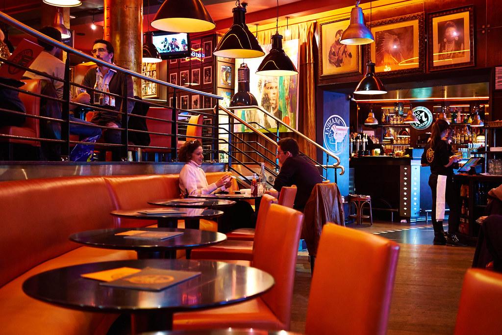 Paris Indiana Cafe