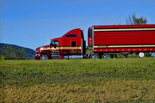 Kerstetter Trucking | by raymondclarkeimages