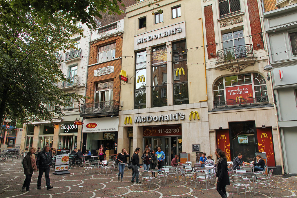 McDonalds Lille Place de Bthune France One of the 6 Mc Flickr
