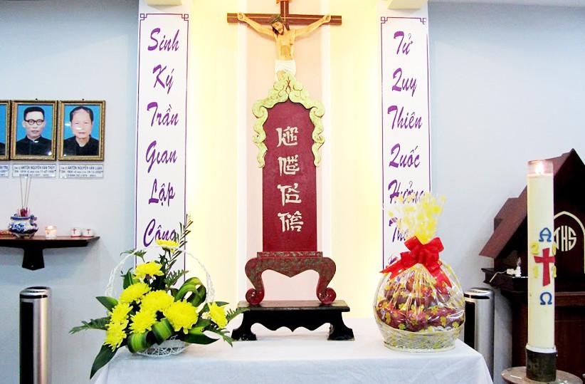 Đạo Tổ Tiên Và Đạo Công Giáo Tại Việt Nam: Cuộc Gặp Gỡ Giữa Văn Hóa Và Tôn Giáo