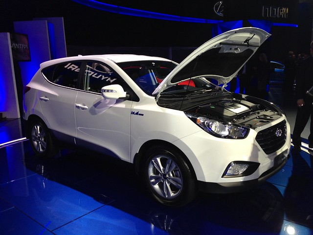 2015 Hyundai Tucson Fuel Cell at the 2013 LA Auto Show