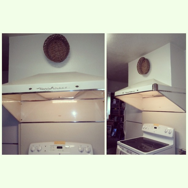 Vintage Kitchen Hood: I Found This Vent-A-Hood At A Local Es…