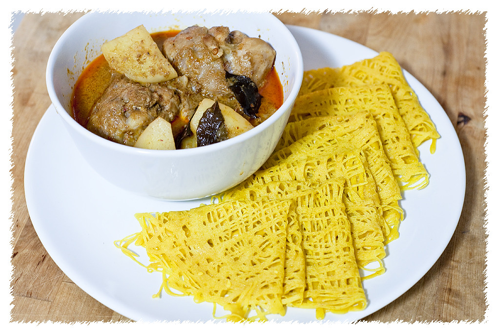 Roti Jala Malaysian Curry Chicken | LC Tan | Flickr