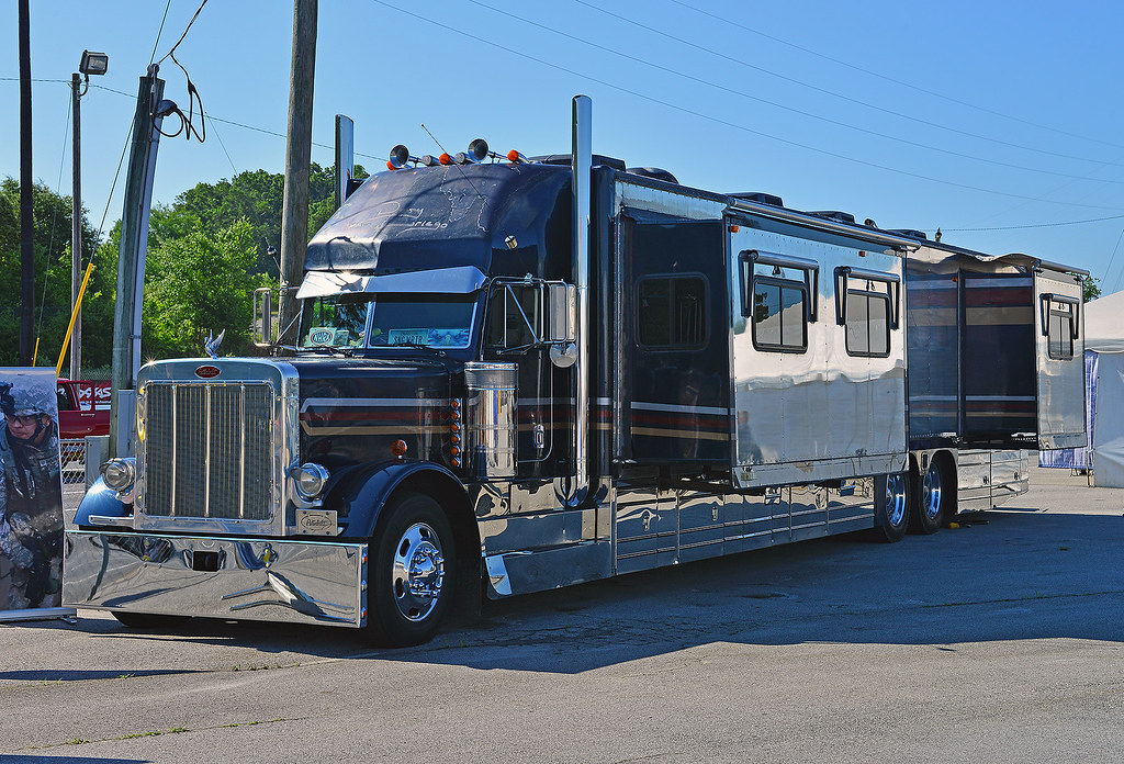Peterbilt motor home | In the pits at the 2014 NHRA Summit ...