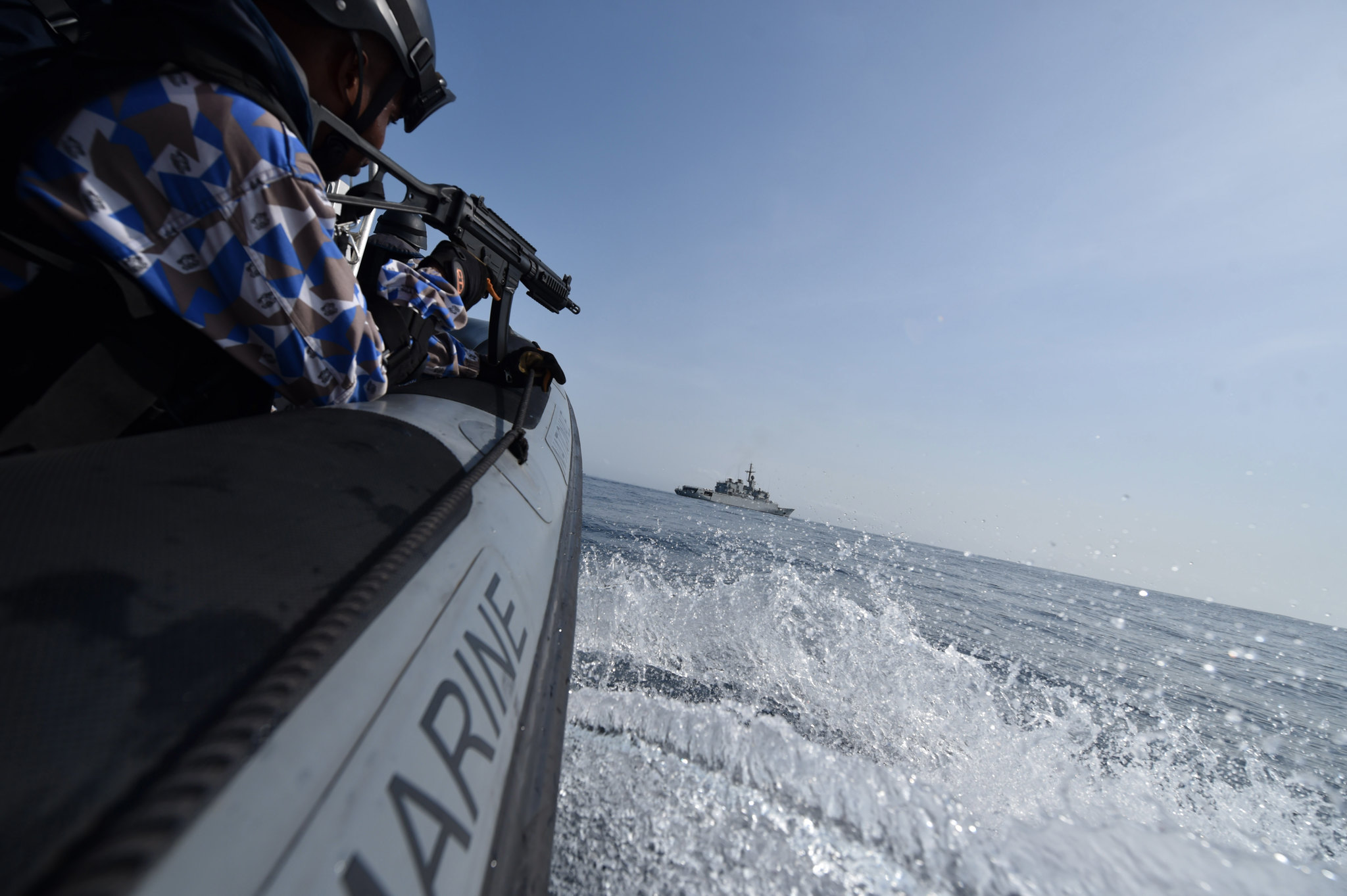 Royal Moroccan Navy Floréal Frigates / Frégates Floréal Marocaines - Page 12 33733730645_78eddb5dbb_k