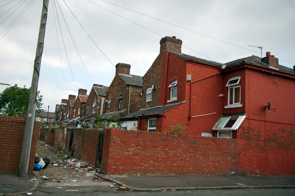Back To Back Houses : Run down back to terraced houses manchester uk
