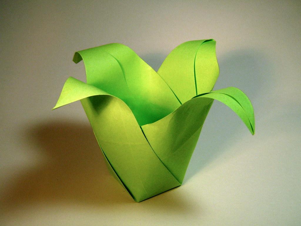 origami floral pot jeff beynon origami floral pot desig flickr. Black Bedroom Furniture Sets. Home Design Ideas