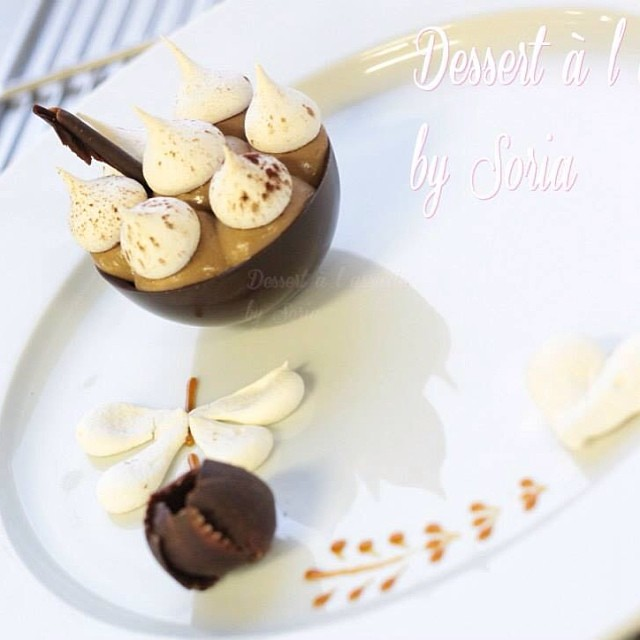 mon premier dessert a l assiette coque en chocolat ca flickr