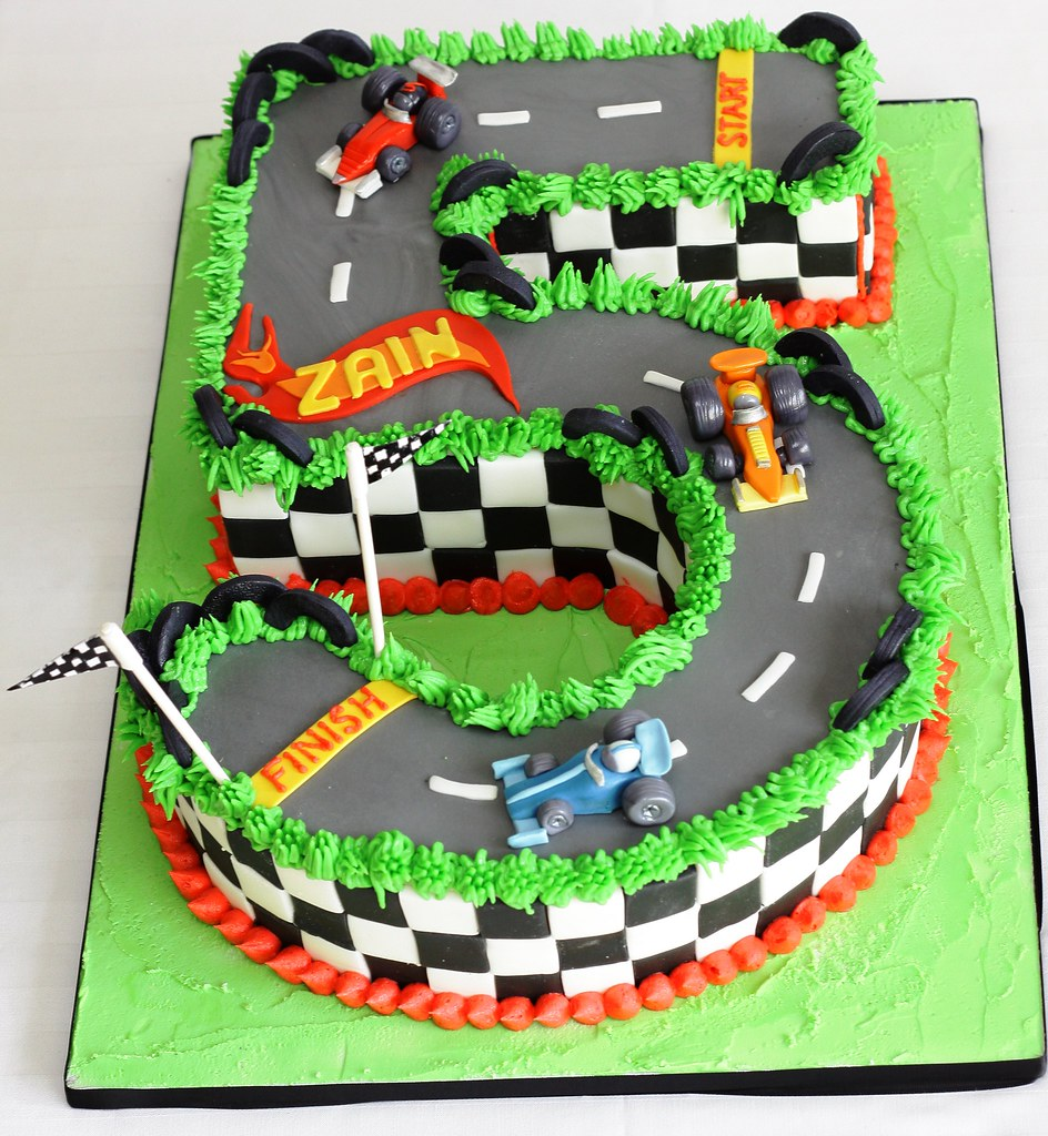 HOTWHEELS STYLED RACE CAR 5TH BIRTHDAY CAKE  Geraldine Horton ...