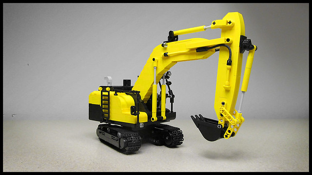 Lego Excavator   This is an excavator I built for a heavy ...