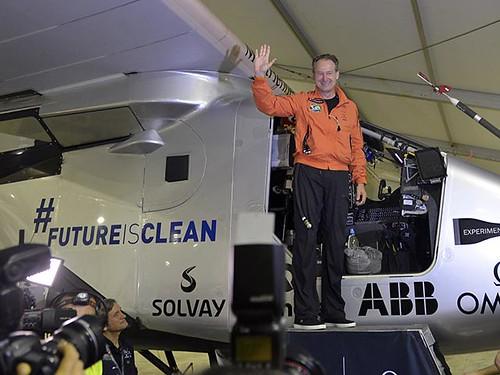 Solar Impulse літак сонячні батареї 2