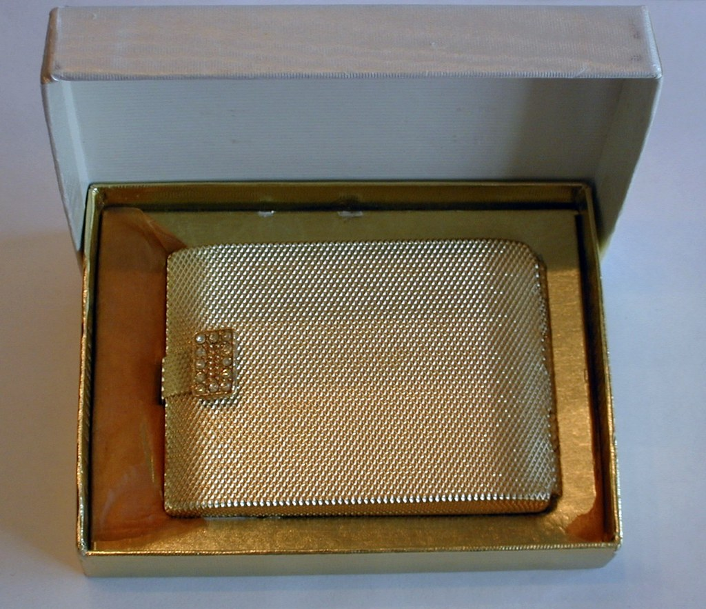 Vintage Max Factor Hollywood Regency Golden Weave Powder C