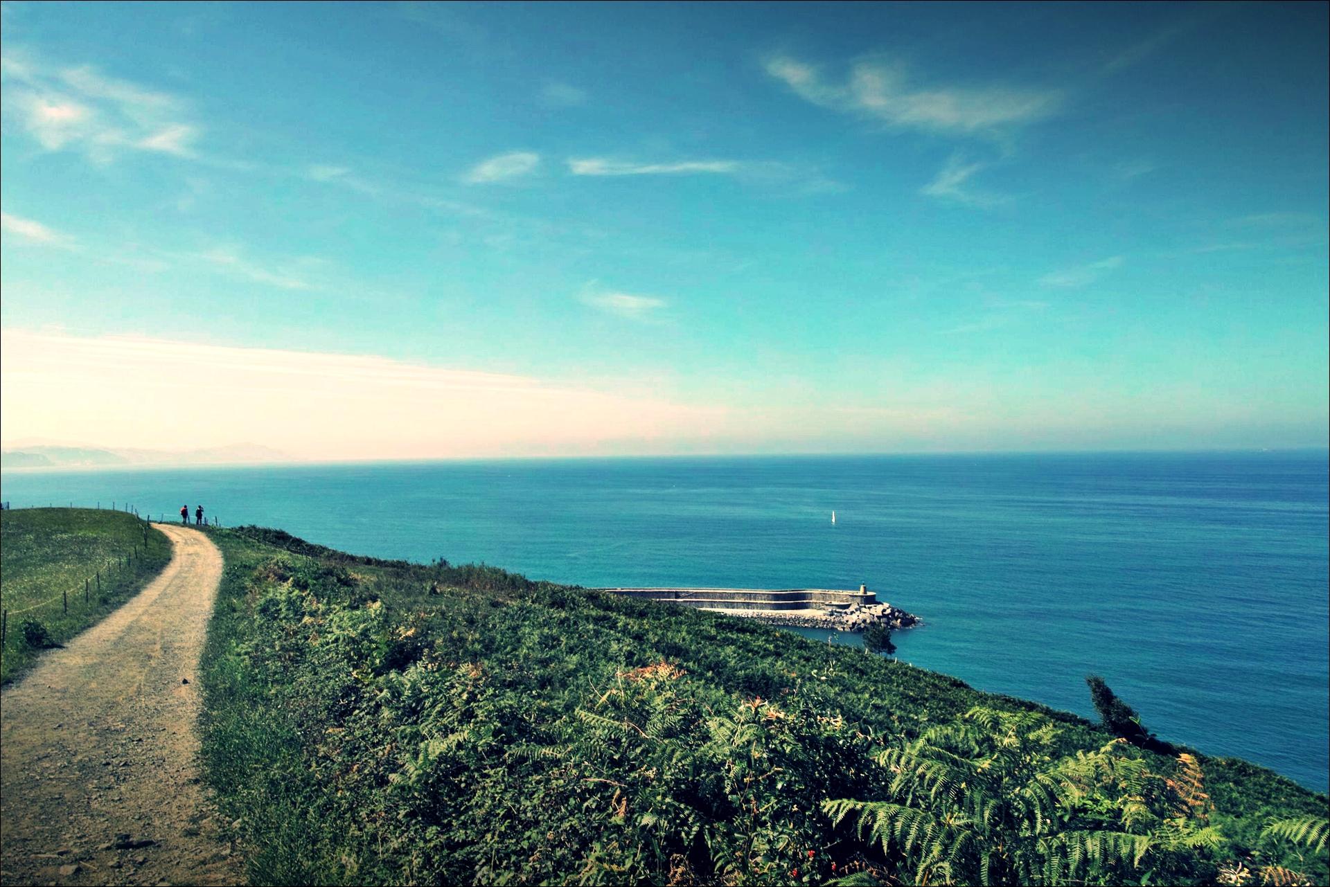바다, 길-'카미노 데 산티아고 북쪽길. 사라우츠에서 쑤마이아. 빌바오.'