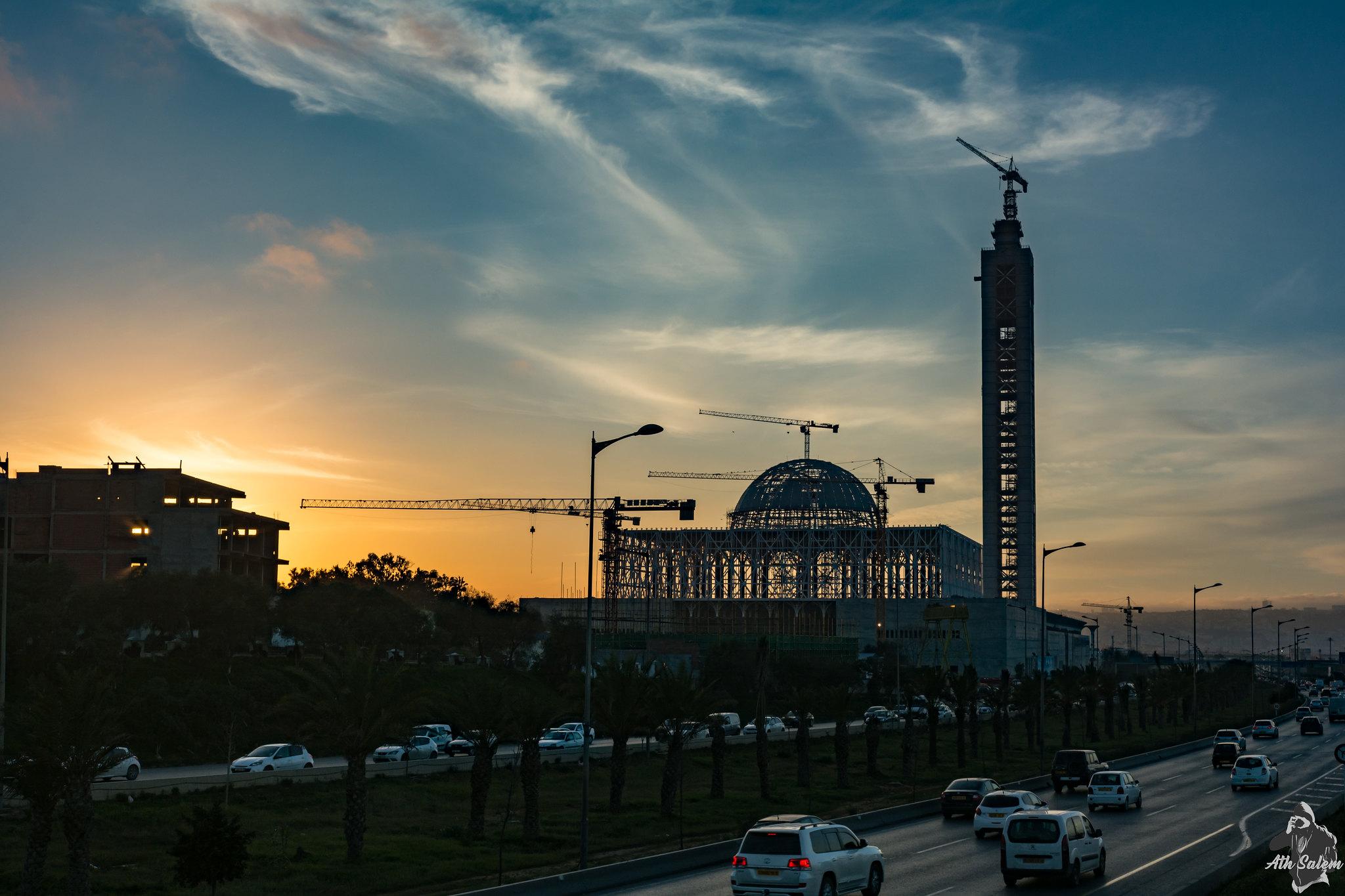 مشروع جامع الجزائر الأعظم: إعطاء إشارة إنطلاق أشغال الإنجاز - صفحة 19 33680543726_ee6b44972f_k