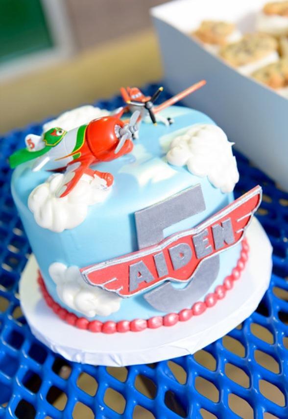 Disney Plane Cake Images : Disney