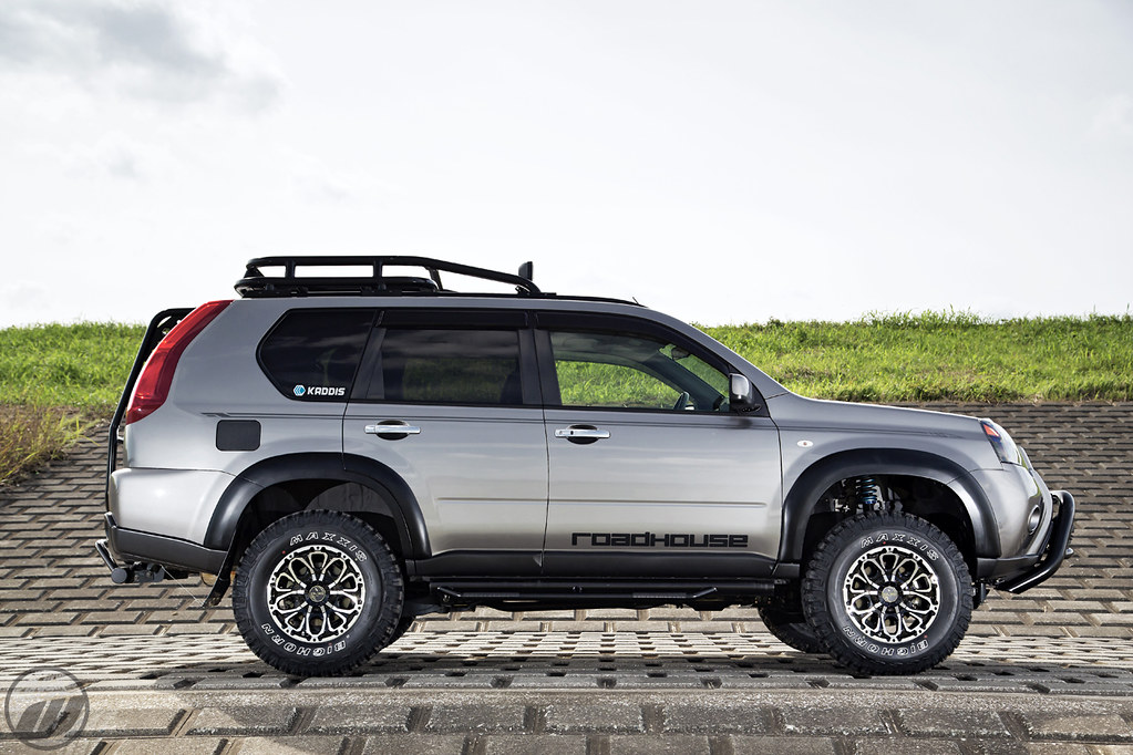 ROADHOUSE Nissan X-Trail on WORK Crag BJS | F/R: 16x8J ...