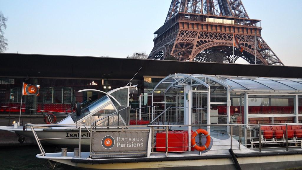 Bateaux parisiens port de la bourdonnais river seine pa - Bateaux parisiens port de la bourdonnais ...