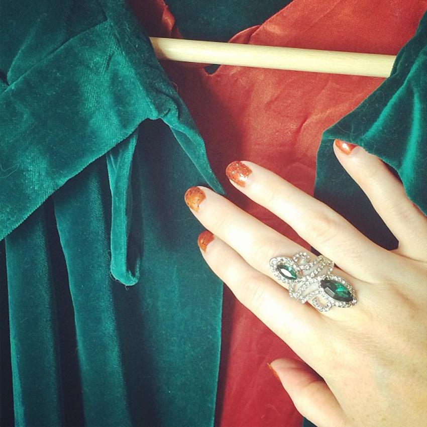 burnt-orange-nails-vintage-green-velvet