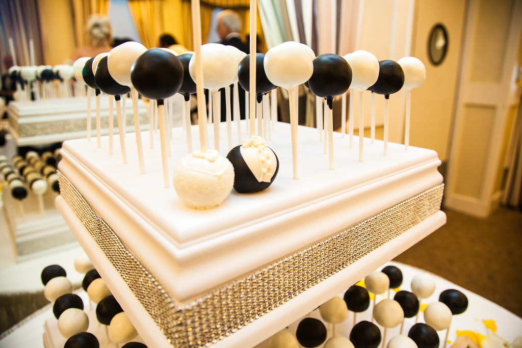 cake pop wedding cake stand black and white wedding cake pops a up of a black 2299