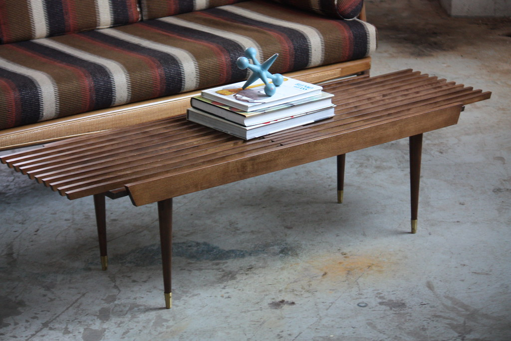 Appealing Mid Century Modern Expanding Slat Bench Coffee T