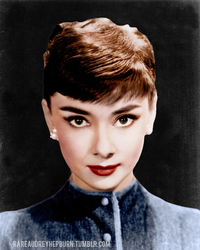 ... Audrey Hepburn - Bob Willoughby | A black and white pho… | Flickr