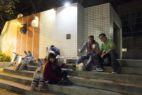Mo-chan, Lukas, Terence: Cheers!