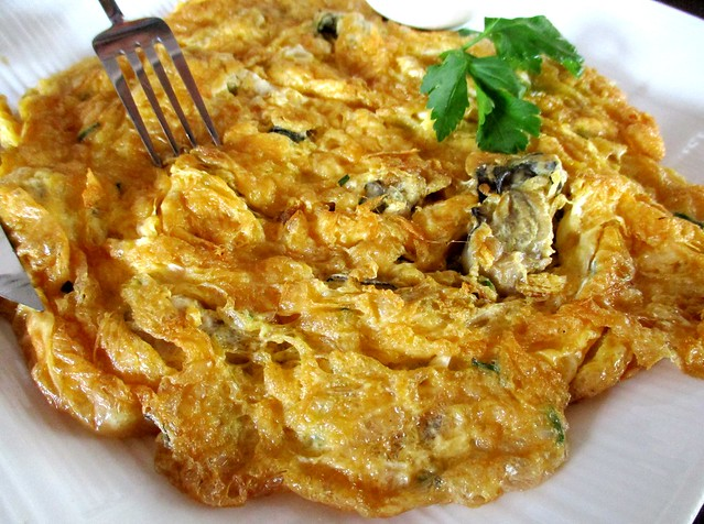 Flavours Thai Kitchen oyster omelette 1