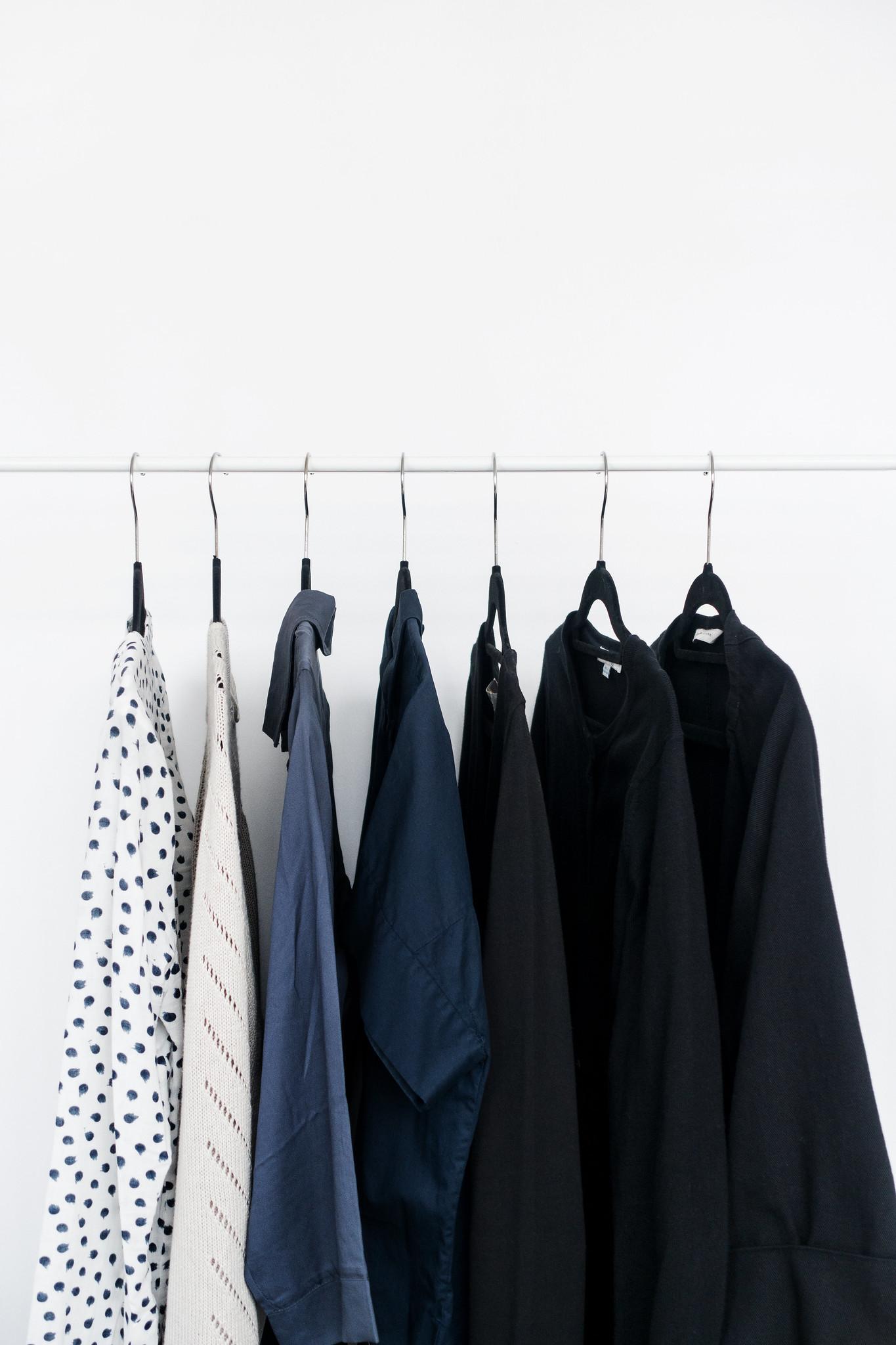 A Minimalist Spring Wardrobe