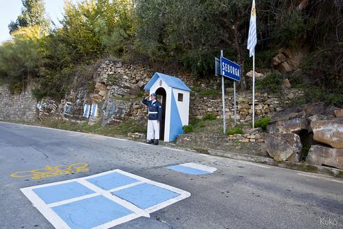 Luigi Zanni sull'attenti sul confine di Stato_1