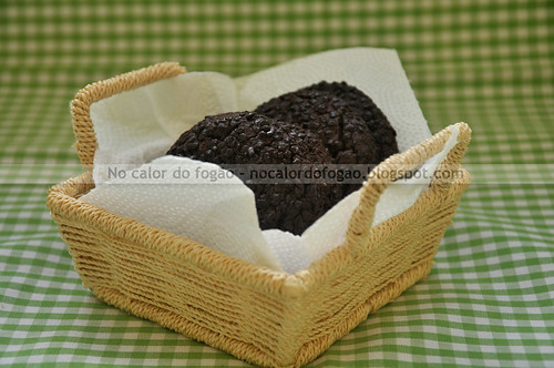 Cookies de chocolate e confeito - dark