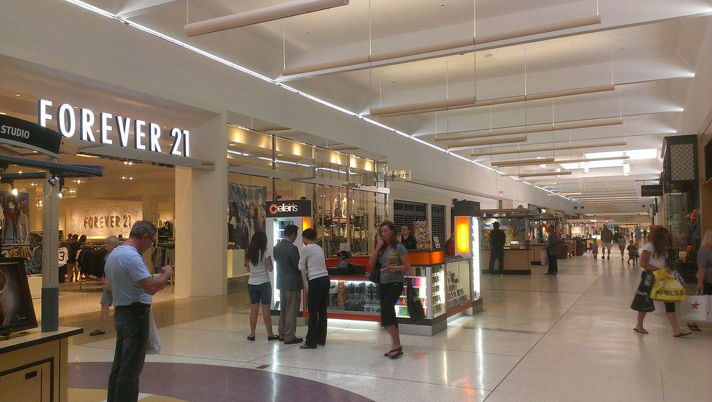 1 review of Shops at University Square