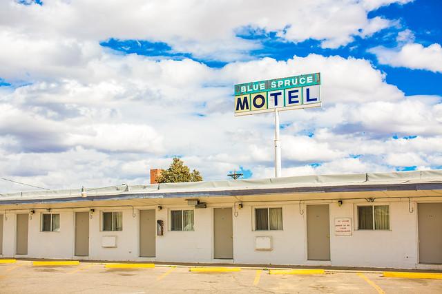 Blue Spruce Motel Erie Pa