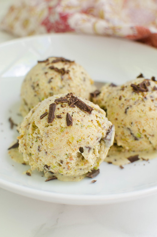 Pistachio Ice Cream with Chocolate Chunks - the most delicious pistachio ice cream!