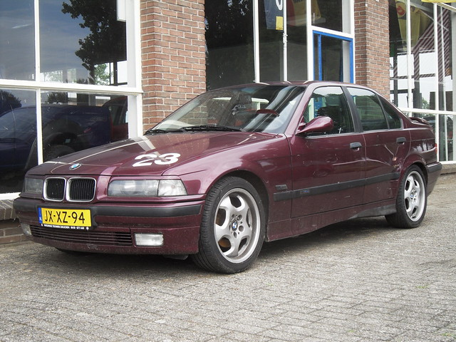 1995 Bmw 320i Old Battleaxe Jx Xz 94 Flickr Photo Sharing