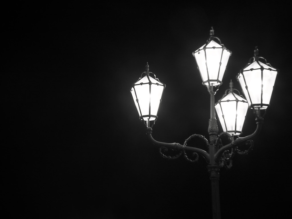 black and white lamp camera settings camera finepix hs2. Black Bedroom Furniture Sets. Home Design Ideas