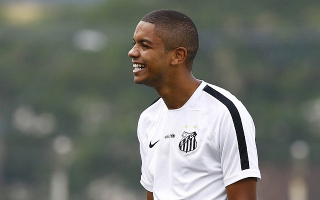 Diante do Flamengo, David Braz mant�m p�s no ch�o mas mira perman�ncia do Santos no G-4