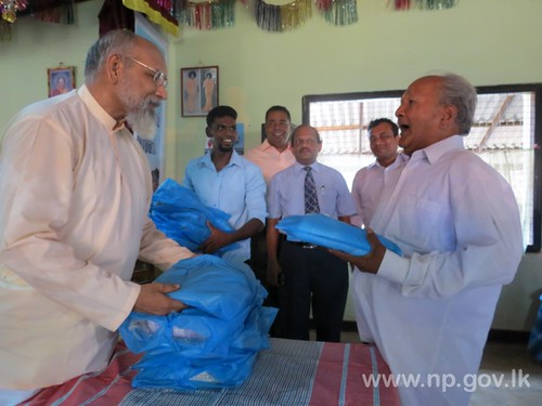 Chief Minister visited to Elders' Home and State Receiving Home in Kaithady – 11 April 2014