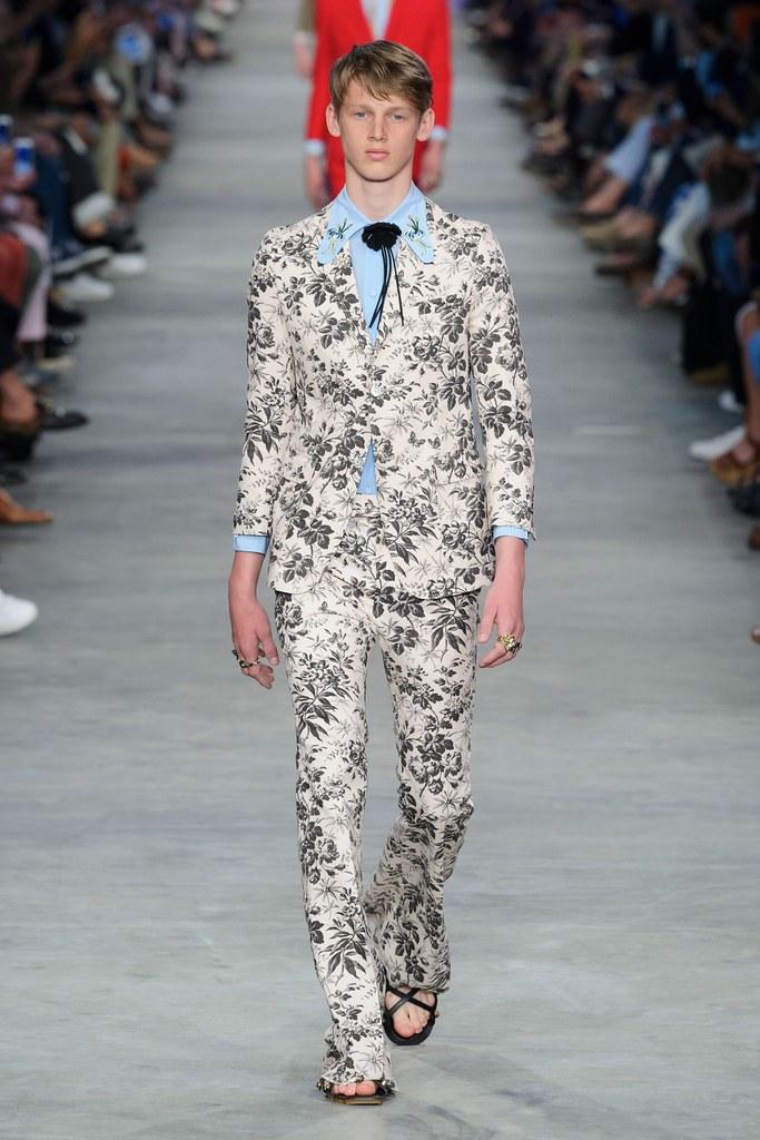SS16 Milan Gucci031_Ole Stirnberg(fashionising.com)