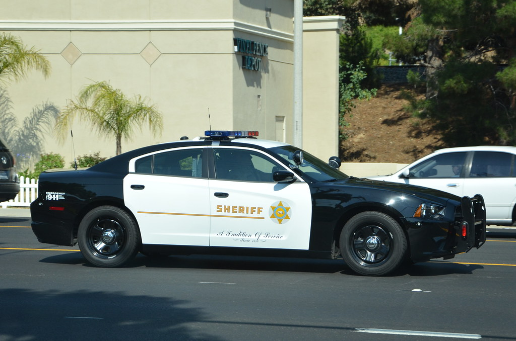 LOS ANGELES COUNTY SHERIFF'S DEPARTMENT (LASD) - DODGE CHA ...