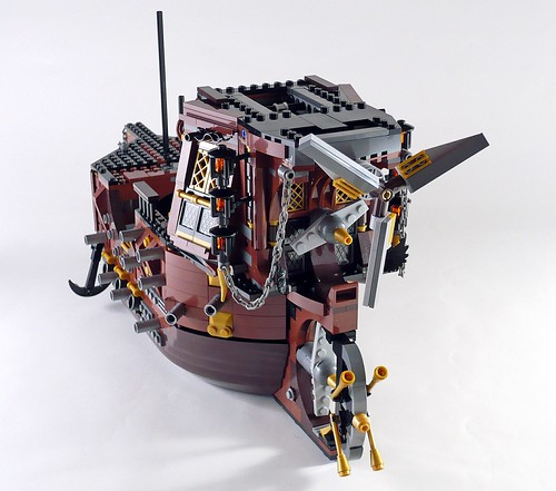 70810 MetalBeard's Sea Cow 312