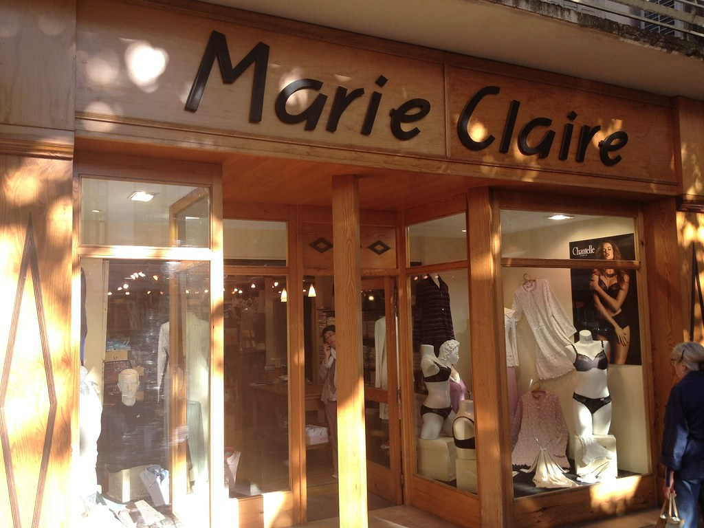 boutique lingerie marie claire place r publique orange f flickr. Black Bedroom Furniture Sets. Home Design Ideas