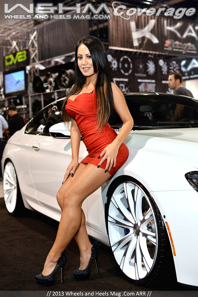 Top Quality Hq Hr Pictures Of Girls Of Sema 2013 Car Show