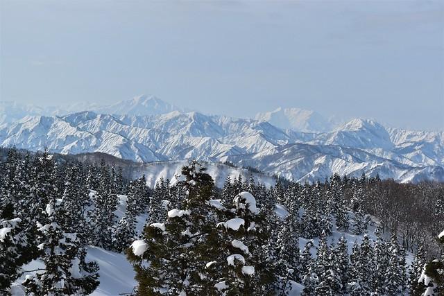 守門岳から見る冬の越後三山