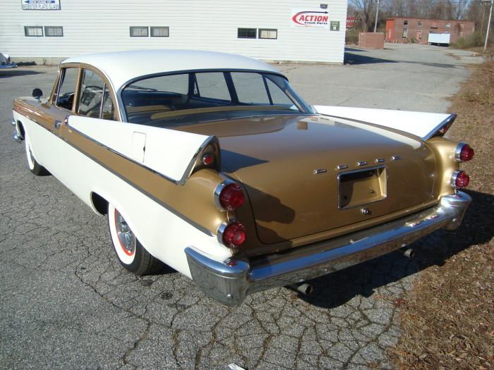1957 dodge coronet club 2 door sedan hipo 50 39 s maniac for 1957 dodge 2 door hardtop