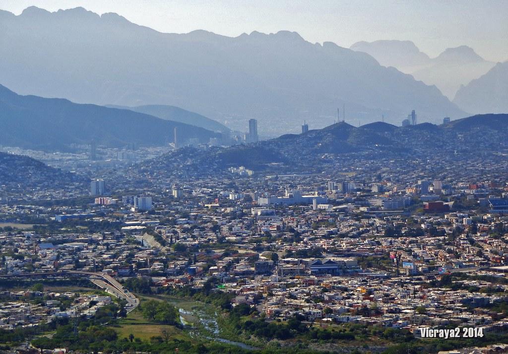 Monterrey La Ciudad de Las Montañas | Victor M. Torres ...
