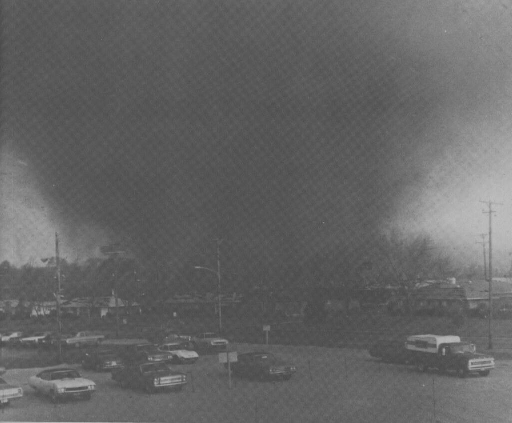 wea04066 | The devastating Xenia, Ohio, tornado. Image ID ...