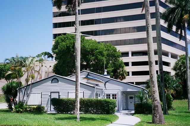 west palm beach places strip clubs