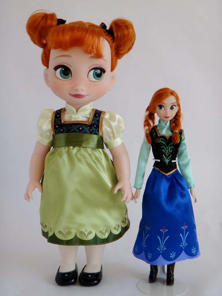 Anna Toddler 16 Doll Vs Classic 12 Doll Frozen Dis