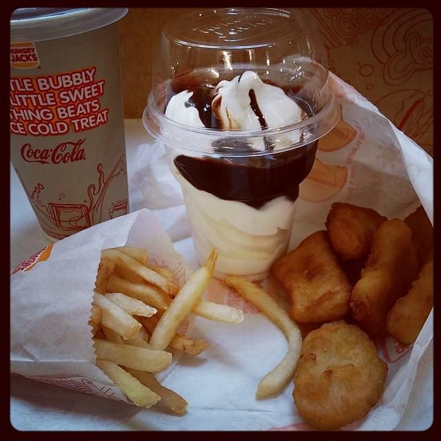 Chicken Nuggets Stunner Meal. #likeforlike #instagood #fol